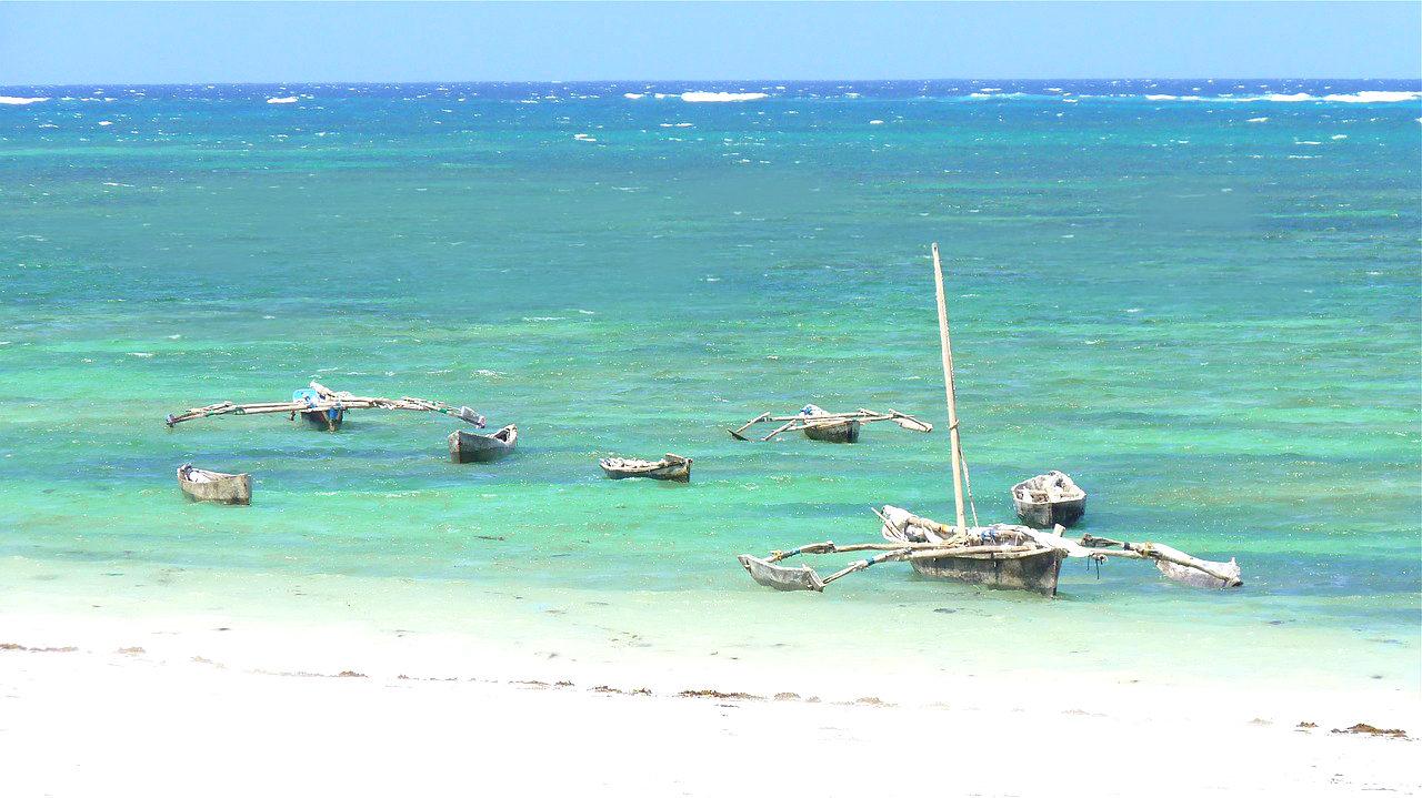 Boats off Dianni Beach